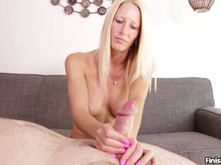 Lexi Reinz - blondie yoga lady is fit as fuck|20::MILF,26::blondie,38::HD