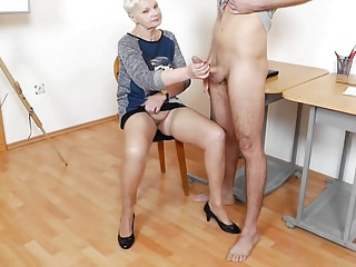 Adult motor coach Handjob Blowjob distress white-hot Nails 3