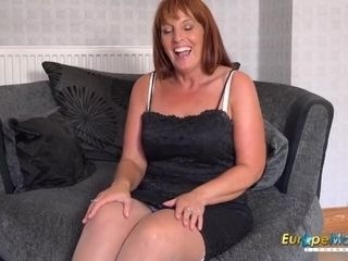 EuropeMaturE Solo Mature female playing getting off