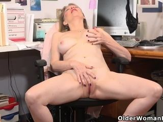 USA cougar Lilli takes a getting off break at the office
