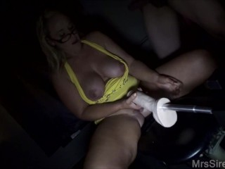 Wifey plow Machine Blowbang, going knuckle deep, and plowed by Strangers