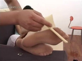 Asian nymphs soles get kittled and attempt not laugh