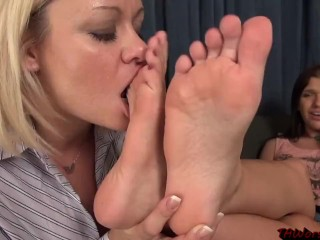 Lezzy soles idolize (3) - preview -