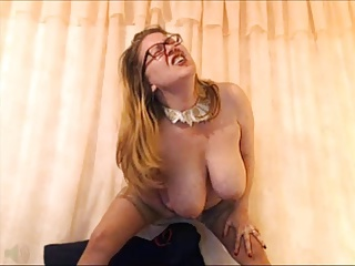 Mature Webcam Standing Orgasm