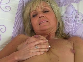 Dolly's rock-hard nips and raw gash view so enticing