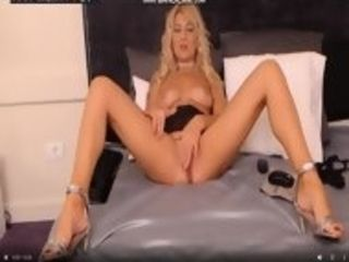 Bulgarian mature Dimitrena jack on web cam