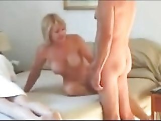 real swapping wifes in same bed