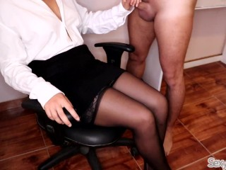 Stunning assistant lets fresh Intern spunk on her Crossed gams in tights