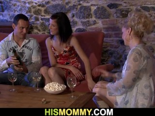 Fellow finds his older mummy and nubile girlfriend g/g action
