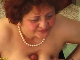 Plumper mommy crazy torn up by her toyboy