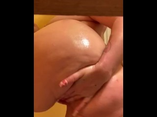 Enormous booty white female wifey lubricates booty and muddy dances