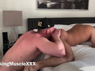 Muscle parent predominates chocolate-colored Arab man - OnlyFans/VikingMuscle