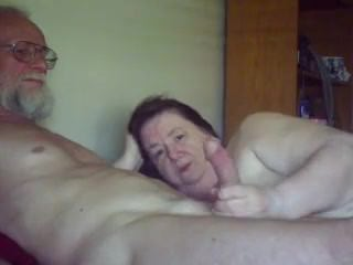 Old gal sucks plays wit - more hot videos on my account