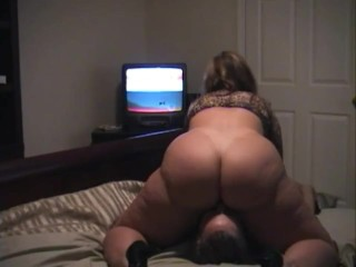 Mature plus-size wifey rails Husband's Face until She spunks - highly inexperienced