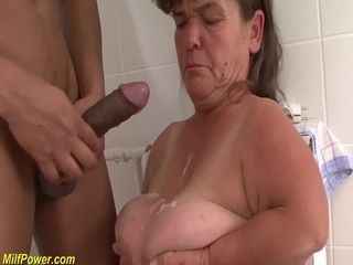 Midget granny ample pipe interracial penetrated