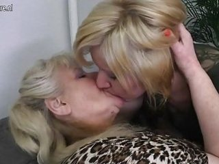 Crazy mature ladies get bare and gobble each others raw vulvas