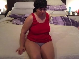 Hugema real mother 48 years smooth-shaven huge coochie plus-size cougar mature