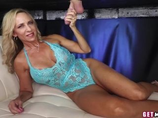 Pierced nips massagist jacking client and spoiling her labia