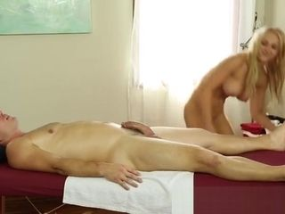 Big-chested masseuse wanks customer then gets plowed