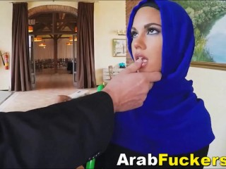 Jumpy Arabian Refugee Accepts money For inhaling meaty milky penis