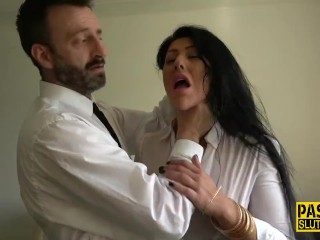 Cougar blown by Pascal|17::Fetish,20::cougar,38::HD