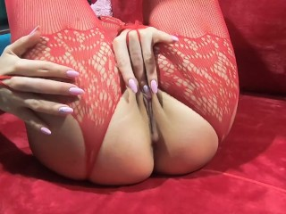 Raw cougar finger-banging fuckbox and played with giant faux hard-on