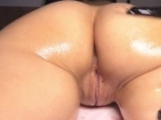 """""""HOT FRENCH lecturer GOT lube donkfuck MdonkAGE OF HER gigantic donk - HALLOWEEN bounty 4K"""""""