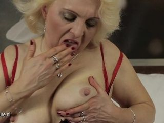 Light-haired Mature mega-bitch Going At It On Her couch - MatureNL