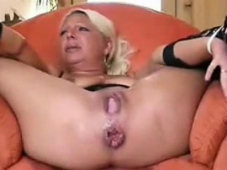 Mature Woman Gets Toyed With And Squirts
