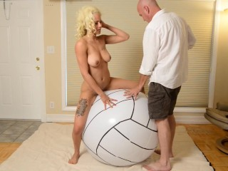 Alexis Keana - Volley Ball Inflatable onanism