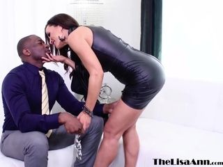 Huge-boobed cougar Lisa Ann rump pounded by big black cock before facial cumshot jizz flow
