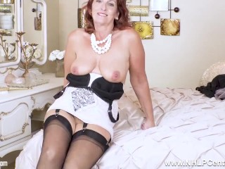 Mature sweetie boyfriend Diamonds in lacy corselette and nylons frolicking her snatch
