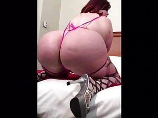 Phat ass white girl arse enjoys bbc. Plumpers R Us