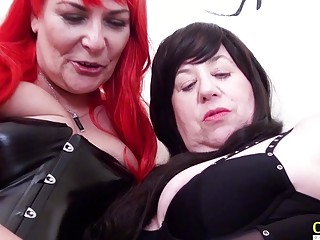 OldNannY 2 Mature lesbo heads ultra-kinky with Tongue